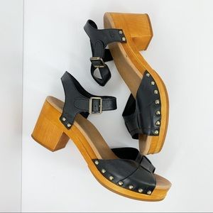 •Ugg• Janie Black Clog Sandals Heels Leather